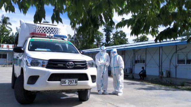 Ambulansia ne'ebe tula pasiente Pozitivu Covid 19 iha Ospital Suai ba Dili, Sexta (5/2). Foto Espesial.
